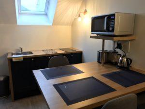 Le Patio de Loiseau Loft3 Repas cuisine1600 x 1200